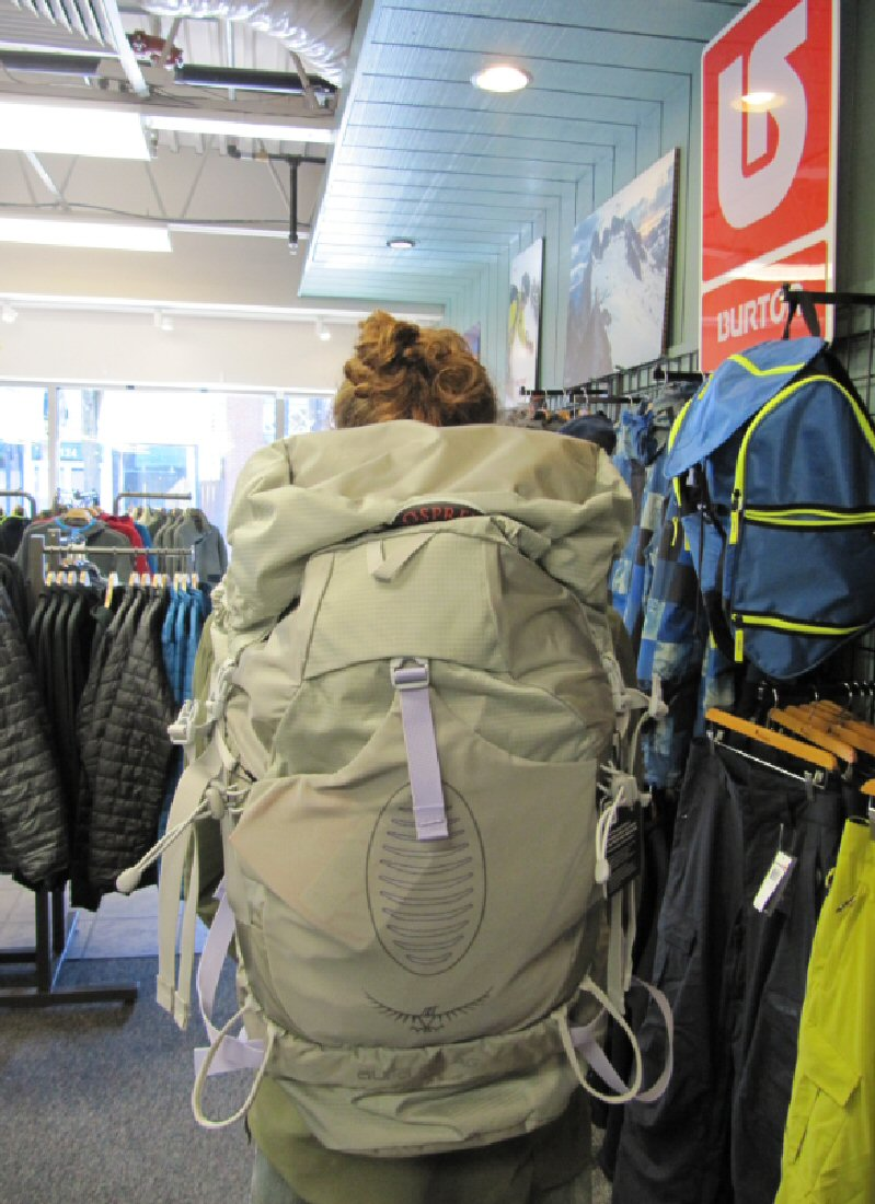 bc58843dd2f1 The Osprey Aura AG 50 L Pack is equipped with their brand-new anti-gravity  suspension system that definitely lives up to its name. Even when fully  packed